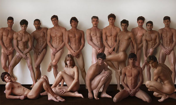 The Boys Of 40 Graus Models Drop Their Pants For V Man